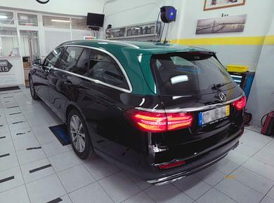 Montagem Mercedes E220